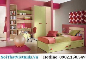 Phòng ngủ bé gái màu xanh nhạt và hồng